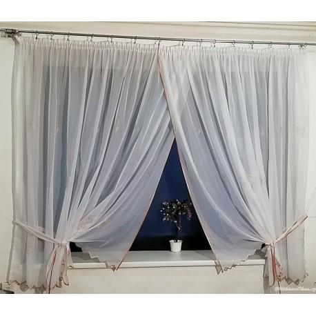 LULU - hotová záclona