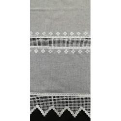 Záclona s vyšívanou krajkou Antea