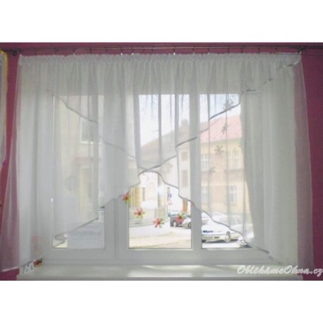 Rózička - moderní záclona